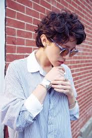 short wavy pixie hair 20 stylish wavy curly pixie cuts for short hair curly pixie