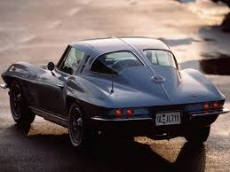 first corvette ever made three things to know about the split window corvette