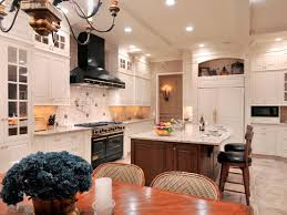 Kitchen Island Vent by How To Choose A Ventilation Hood Hgtv
