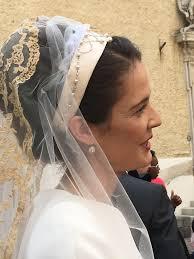 robe de mariã e original mariage religieux de magdalena de tornos et du comte jean d