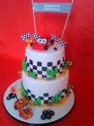decoration cupcake anniversaire lovely pâtisserie gâteaux personnalisés u2013 cake design