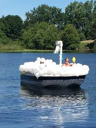 ocean city halloween parade 2014 bubble bath boat parade float boat parade pinterest boat