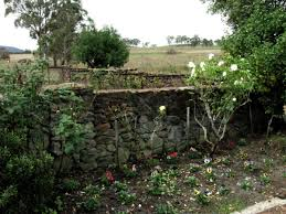 Garden Rock Wall by Building Good Looking Stone Walls