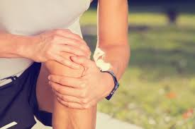 My Knee Hurts When I Go Down Stairs by Causes Of Pain When Bending The Knee After A Fall Livestrong Com