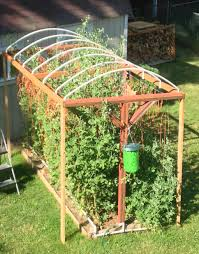 how to build a trellis system for vertical growing moms simple life