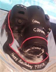 camera cake 1kg eggless
