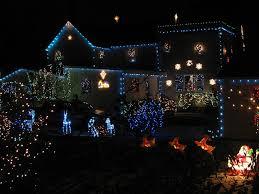 christmas light displays in virginia two holiday light displays in vienna make top 10 list vienna va