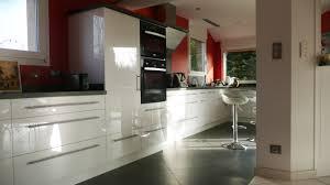 cuisine acrylique cuisine sur mesure en blanc brillant dans l ain par abema