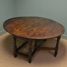 Large Early Eighteenth Century Drop Leaf Gate Leg Oak Dining Table - Gateleg kitchen table