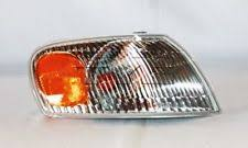 turn signal light assembly turn signal light assembly capa certified front right fits 98 00