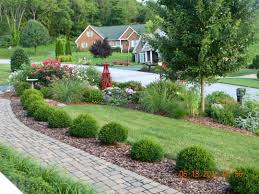 Front Yard Landscape Designs by Front Yard Landscape Design Good Balance Of Elements Here And An