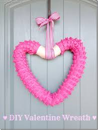 Valentines Day Decor 31 Creative Ideas For Valentines Day Decorations Tip Junkie