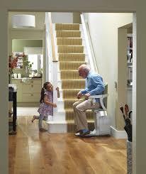 sedie per disabili per scendere scale montascale e servoscala stannah per disabili e anziani a perugia