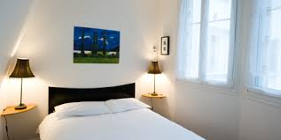 location chambre location d appartements meubles 11 chambre tour eiffel lzzy co