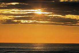 sun shining through clouds ogunquit stop look shoot