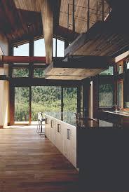 HomeLink Winter  Modern Vs Contemporary - Contemporary vs modern interior design