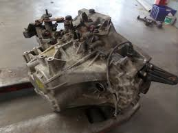 hyundai santa fe gearbox used hyundai santa fe ii cm 2 2 crdi 16v 4x4 gearbox