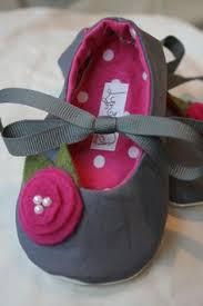 Sho Bayi white christening shoes and headband baby shoes flower
