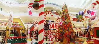 photos says top 10 must selfie christmas mall decorations this 2014