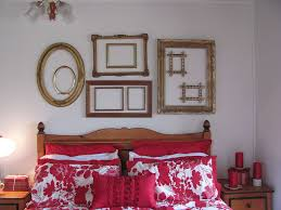 Interior Frames Trend 30 Creative Ways To Decorate With Empty Frames