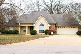 5558 lakefront dr tupelo ms 38801 crye leike listing photo