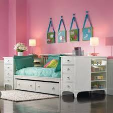 Beds For Kids Rooms by Best 25 Kids Daybed Ideas On Pinterest Nursery Daybed Built In