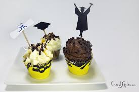 graduation cake toppers how to make graduation cupcake toppers everyday dishes