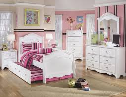 Trundle Bedroom Set Exquisite Sleigh Trundle Bedroom Set From Ashley Coleman Furniture