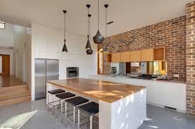 cuisine contemporaine blanche et bois déco cuisine blanche bois