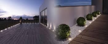 le de terrasse encastrable luminaires extérieurs sur la terrasse moderne des spots led