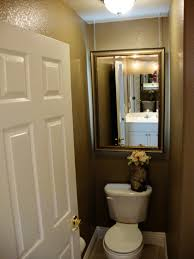 how to decorate a very small bathroom 1000 ideas about small