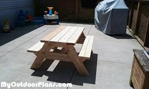 Diy Wood Picnic Table by Diy Children U0027s Picnic Table Myoutdoorplans Free Woodworking
