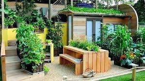 Garden Space Ideas Small Garden Spaces Photos Brilliant Gardening In Places Ideas
