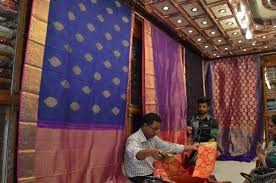 dhaka sarees upscale saree shop new market picture of new market dhaka city