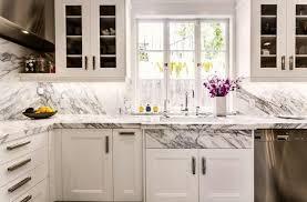 marbre pour cuisine plan de travail en marbre pour une cuisine indémodable with regard