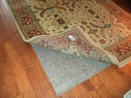 how to clean an area rug on hardwood floor home design ideas
