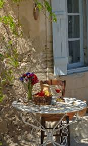 french country style i see a glass of rose too perfection