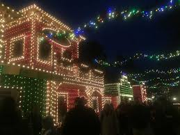 free christmas lights branson mo christmas lights shows and parades in branson mo traveling mom