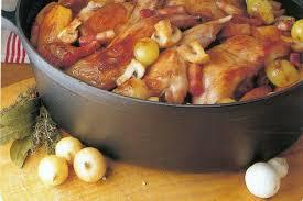 cuisiner lapin recette de lapin sauté chasseur à la cocotte