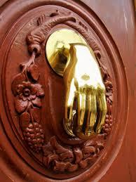 knock knock a brief history of door knockers u2013 5 minute history