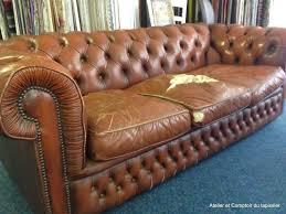 restauration canapé cuir atelier et comptoir du tapissier canapé chesterfield en cuir