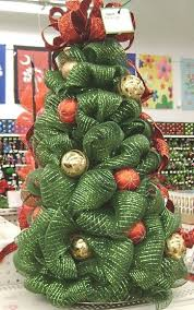 best 25 mesh christmas tree ideas on pinterest deco mesh