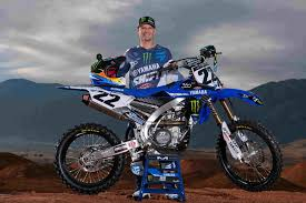 motocross street bike yamaha announces 2017 supercross and motocross team with chad reed
