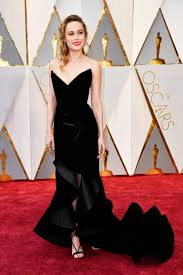 brie larson casey affleck oscars brie larson looked beautiful still hates casey affleck go