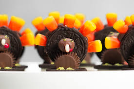 thanksgiving favors to make how to make fun thanksgiving oreo turkeys southern living youtube