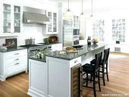 ilots central pour cuisine ilot pour cuisine un arlot de cuisine avec plateau en inox ilot