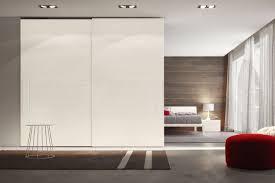 Ikea Armadio Ante Scorrevoli by Armadio Moderno In Legno In Legno Laccato Con Porta