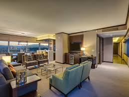 biggest penthouse vdara 2 br stunning homeaway las vegas executive desk 42