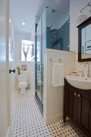 small narrow bathroom design ideas 25 best ideas about small simple small narrow bathroom design