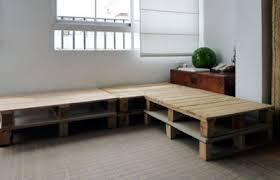 construire un canape avec des palettes construire un canapé de palettes en seulement 3 é facilesmeuble